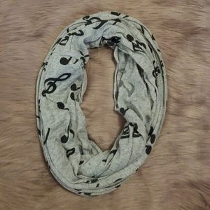 NWOT Grey Music Note Infinity Scarf